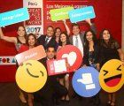 "Employees of Atento celebrate for being on the ""50 Best Places to Work in Peru 2017"" list; photo: publimetro"