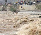 Numerous rivers in Peru overflowed their banks flooding main traffic arteries such as the Pan American Highway and the Central Highway; photo: Peru21