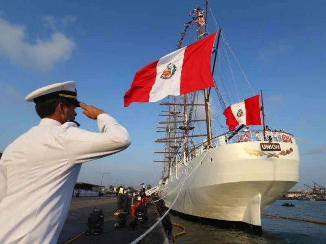 "The Peruvian sail training ship ""Unión"" leaves Callao for ports in 11 countries in the Americas and Europe; photo: El Comercio"