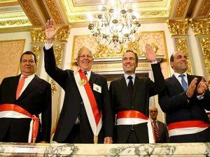 Peru's president and prime minister with the newly appointed Ministers of Defense and Culture. From left to right: Defense Minister Jorge Nieto, President Pedro Pablo Kuczynski, Minister of Culture Salvador del Solar and Prime Minister Fernando Zavala; ph