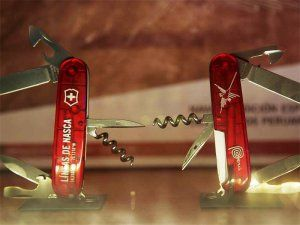 The new Victorinox Spartan pocket knife collection with Peruvian design features Machu Picchu, the Nazca Lines and Caral. Photo: MarcaPeru